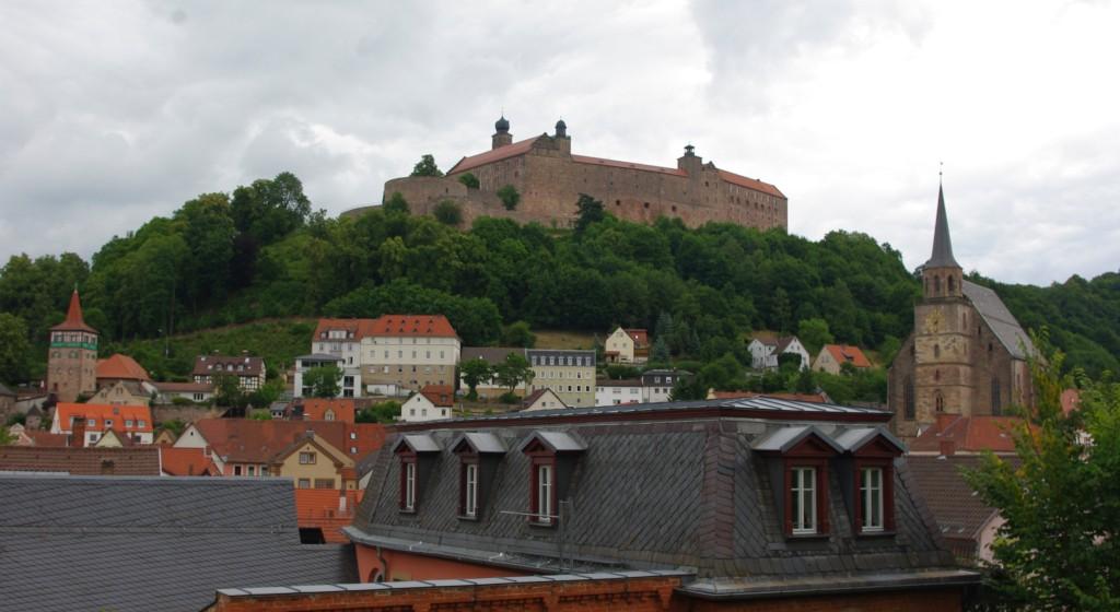 Blick von Kulmbach zur Plassenburg